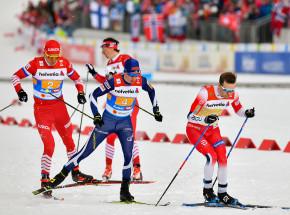 Biegi narciarskie - PŚ: wygrana Norwegów, dyskwalifikacja Rosjan