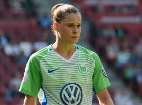 Piłka nożna kobiet: Wolfsburg wygrywa, Ewa Pajor z golem!