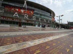 Premier League: grad bramek na Emirates Stadium!