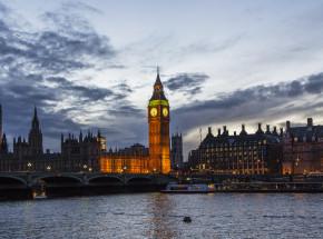 Wielka Brytania: od poniedziałku nowe restrykcje dla podróżujących