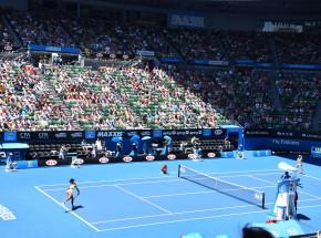 Australian Open: porażka obrończyni tytułu, pewne zwycięstwo Barty
