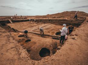 Irak: trwa identyfikacja ofiar jednej z najgorszych irackich zbrodni, wydobytych z masowego grobu