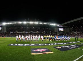 Liga Europy: Slavia gra dalej, czerwone kartki i dramatyczna kontuzja w Glasgow!