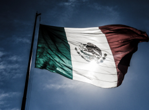 Meksyk: 19 spalonych ciał w wyniku wojny między kartelami narkotykowymi