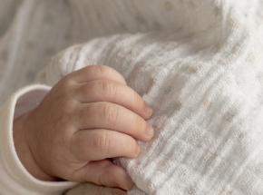 Wielka Brytania: nastolatka nie wiedziała, że jest w ciąży. Zmarła tuż po porodzie