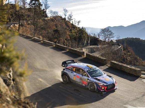 WRC: Ogier bliżej historycznego 8. zwycięstwa