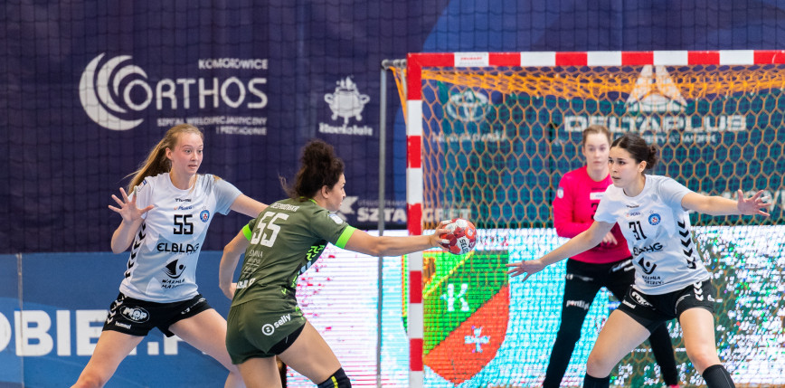 PGNiG Superliga kobiet: pewne triumfy faworytek, rzuty karne w Kielcach