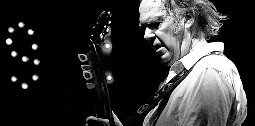 Live album i film koncertowy z występu Neila Younga sprzed 50 lat
