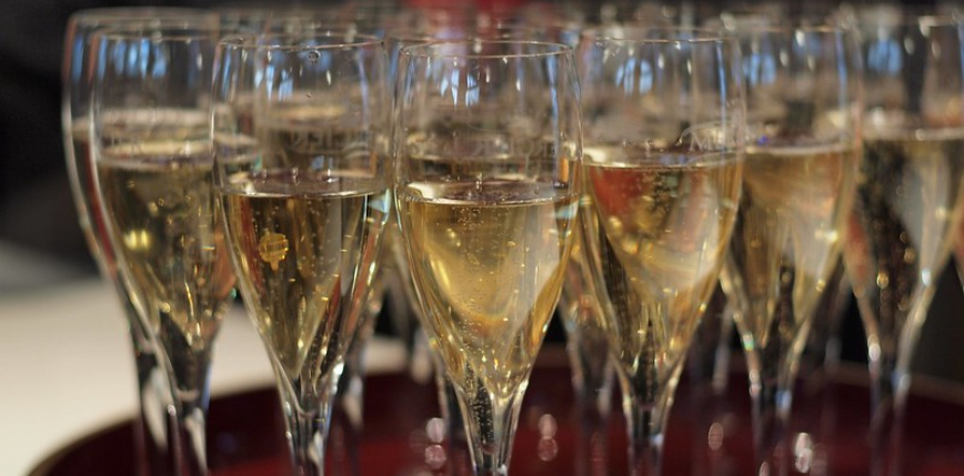 """Rosja: nazwa """"szampan"""" dozwolona tylko dla rosyjskich trunków. Francja reaguje"""