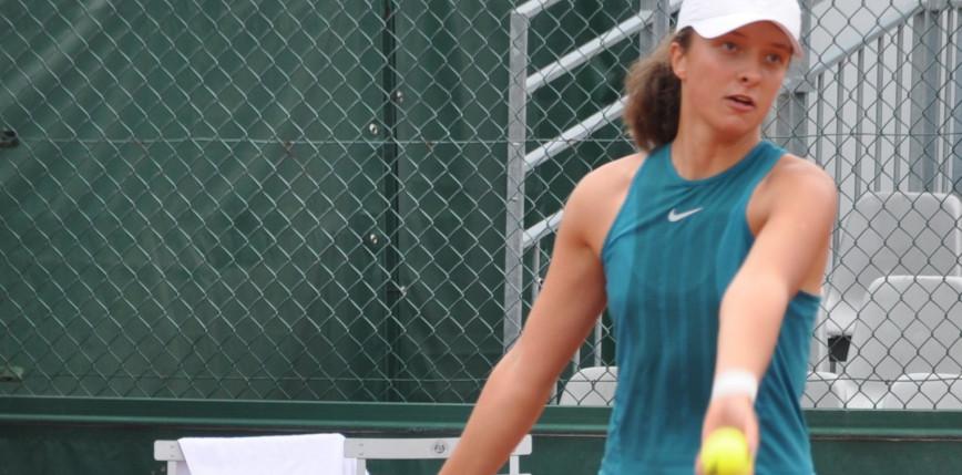 Tenis - RG: Świątek awansuje do kolejnej rundy w deblu