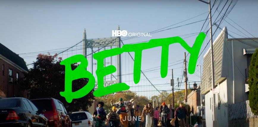 "Zwiastun 2. sezonu ""Betty"""