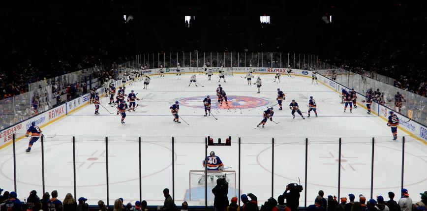 NHL: dwie bramki w 24 sekundy, Wyspiarze remisują w serii