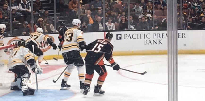 NHL: Bruins wiąż na czele Dywizji Wschodniej