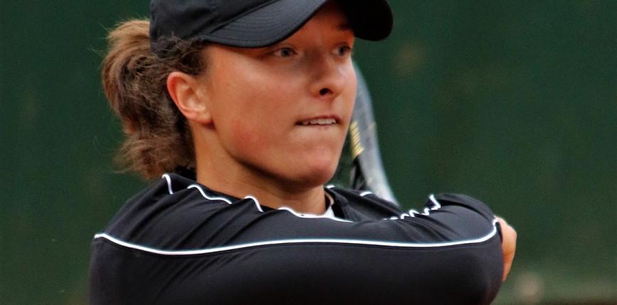 Tenis - RG: Świątek wygrała już 20 setów z rzędu!