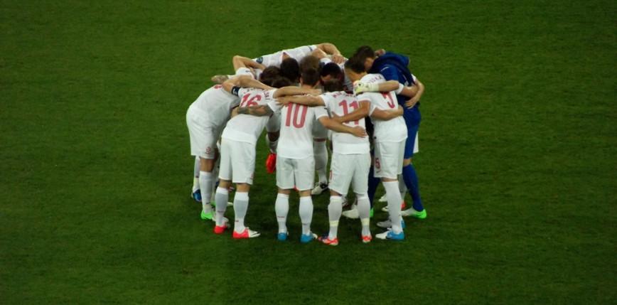 Piłka nożna - El. MŚ: Polska jeden, Albania zero - przerwany mecz w Tiranie