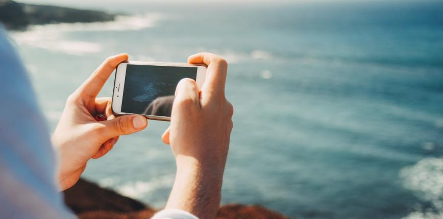 Telefon dla seniora, rodzica, dziecka - jakie są istotne różnice?