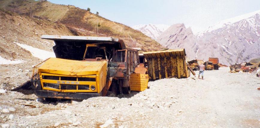 Indie: wypadek wojskowej ciężarówki