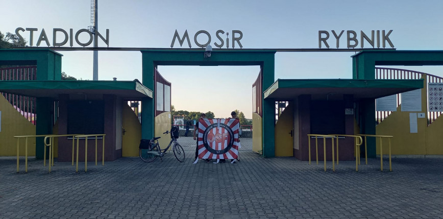 Pojechali rowerem, żeby pomóc choremu Michałkowi