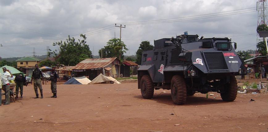 Nigeria: uzbrojeni napastnicy zastrzelili dwóch policjantów