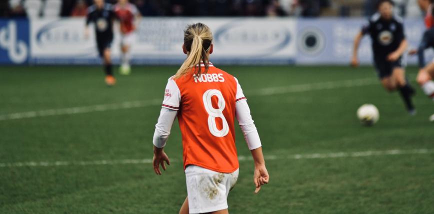 Piłka nożna kobiet: ważne zwycięstwo Arsenalu, Liga Mistrzyń wraca do północnego Londynu