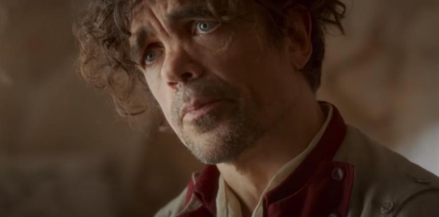 """Peter Dinklage włącza się do wyścigu po Oscara w zwiastunie """"Cyrano"""""""