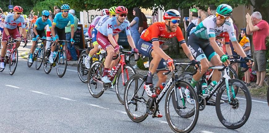 Giro d'Italia: zwycięstwo etapowe wicelidera po pięknej akcji