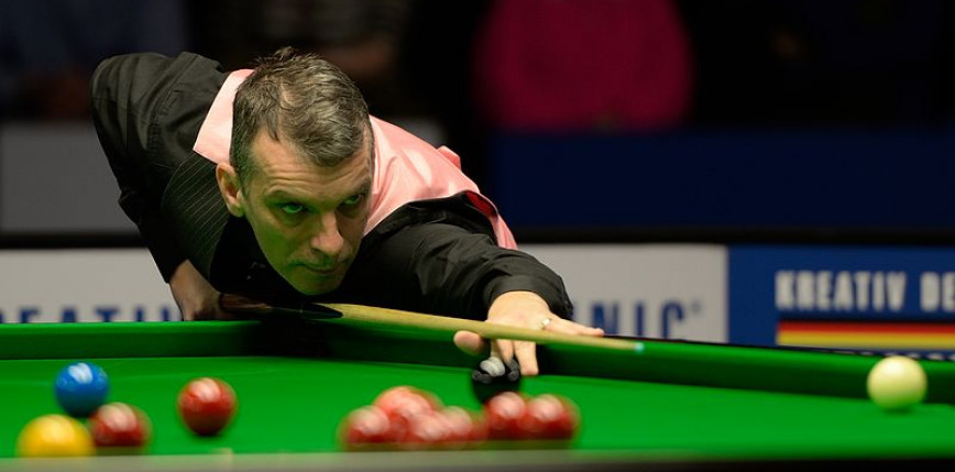 Snooker: fantastyczny comeback Marka Davisa, porażki Dotta i Yuelonga