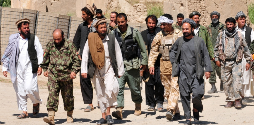 Afganistan: talibowie wywiesili na dźwigu ciało mężczyzny, który był oskarżony o porwanie