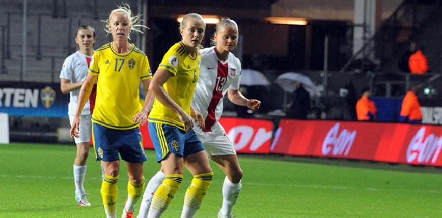 Piłka nożna kobiet: biało-czerwone z cenną lekcją futbolu od reprezentacji Szwecji