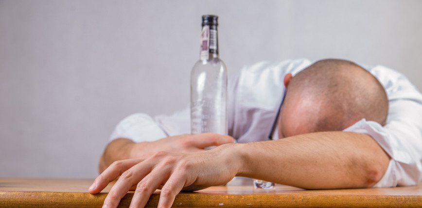 Zachodniopomorskie: uratowano mężczyznę z 10 promilami alkoholu we krwi