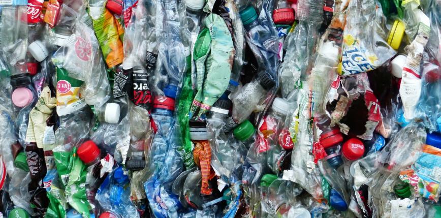 Od plastiku do paliwa lotniczego w godzinę