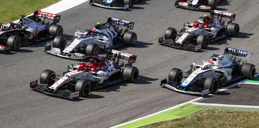 Formuła 1: zwycięstwo Maxa Verstappena na Imoli