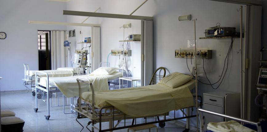 Indie: awaria dostawy tlenu spowodowała śmierć 22 osób chorych na COVID-19