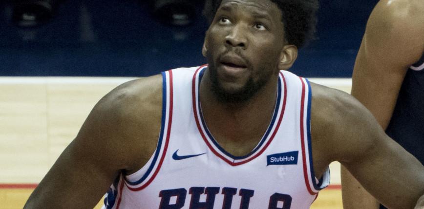 NBA: 76ers górą w hicie, Randle poprowadził Knicks do wygranej z Mavs