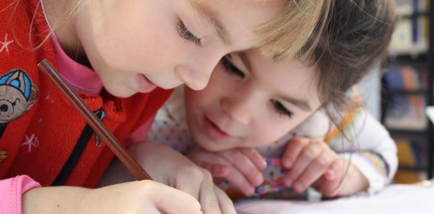 Moderna rozpoczyna w USA i Kanadzie testy szczepionki na dzieciach