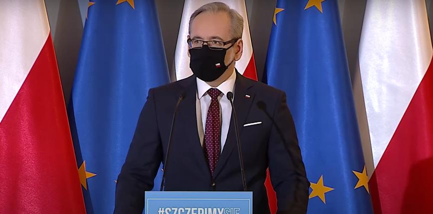 COVID-19: przedłużono obostrzenia w Polsce