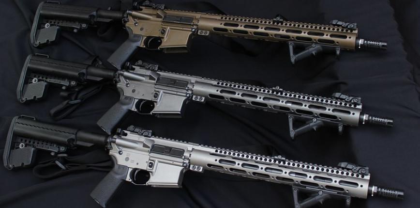 Zmiany w ustawie o broni i amunicji. Obowiązek okresowego przęglądu wydanych pozwoleń