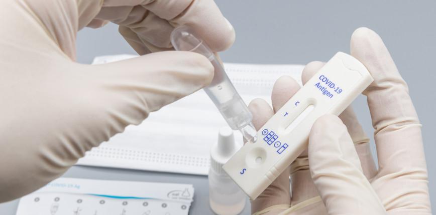 Wielka Brytania przeprowadzi masowe testy, by zapobiec rozprzestrzenianiu się afrykańskiego szczepu SARS-CoV-2