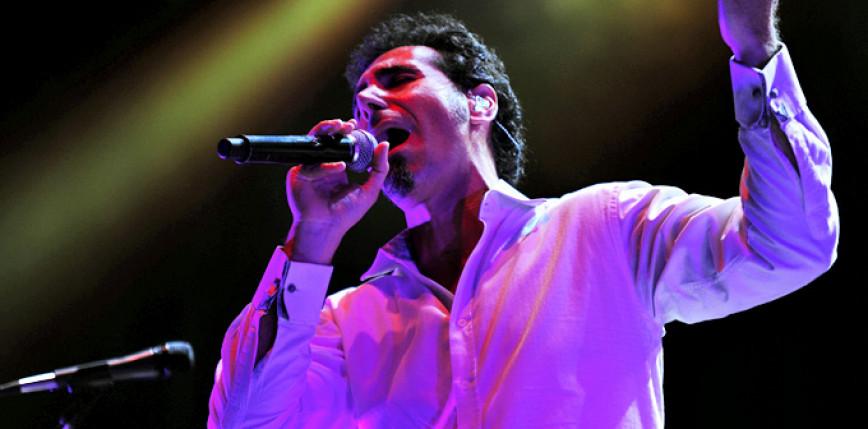 Serj Tankian udostępnił 24-minutową kompozycję jako zapowiedź nowego projektu