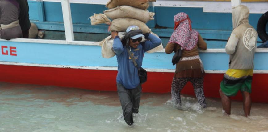 Indonezja: powódź zmusiła do ewakuacji tysiące ludzi