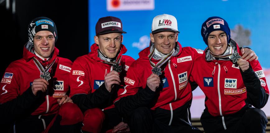 Skoki narciarskie - PŚ: Austriacy najlepsi w konkursie drużynowym