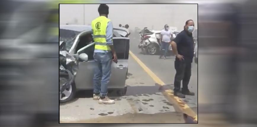 Dubaj: burza piaskowa spowodowała wypadek 15 aut