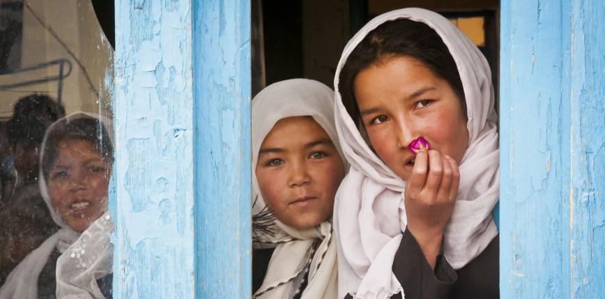 Afganistan: ponowne otwarcie szkół średnich tylko dla chłopców