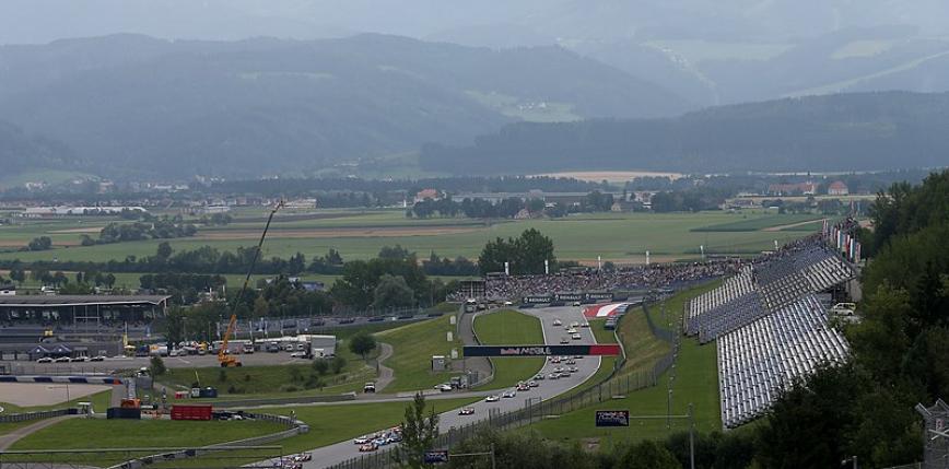 Formuła 1: piątkowe treningi przed Grand Prix Austrii