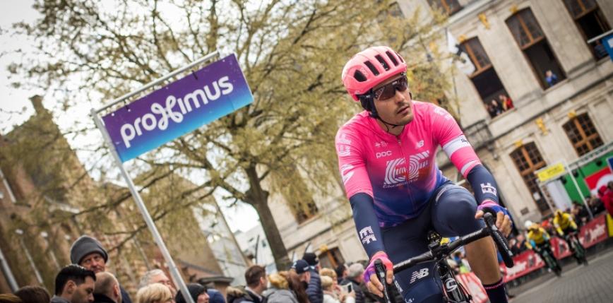 Giro d'Italia: Alberto Bettiol na solo