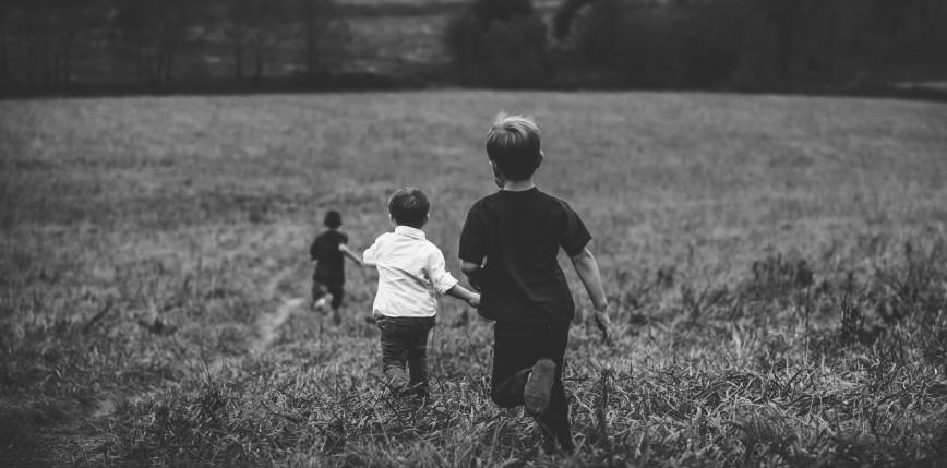 Australia: opiekunowi postawiono 194 zarzuty dotyczące przestępstw seksualnych wobec dzieci