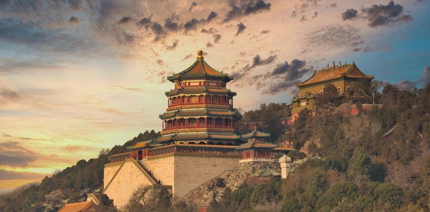 """Reżyser """"Bajecznie bogatych Azjatów"""" tworzy film o kradzieżach chińskiej sztuki w Europie"""
