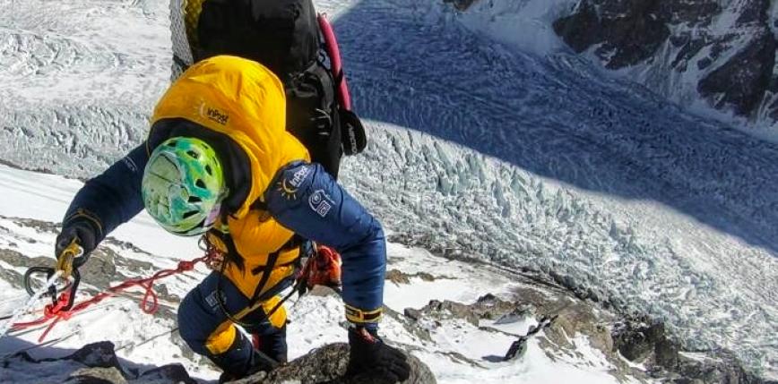 Huraganowy wiatr pod K2. Trudna sytuacja Magdaleny Gorzkowskiej