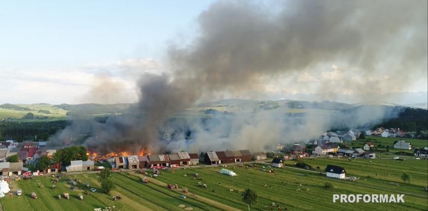 Małopolskie: pożar we wsi Nowa Biała