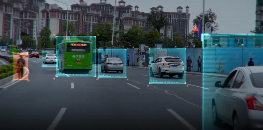 Na ulice Kalifornii wyjadą kolejne autonomiczne pojazdy bez kierowców bezpieczeństwa